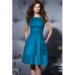 Vintage Designs Knee length Satin Dinner Dress