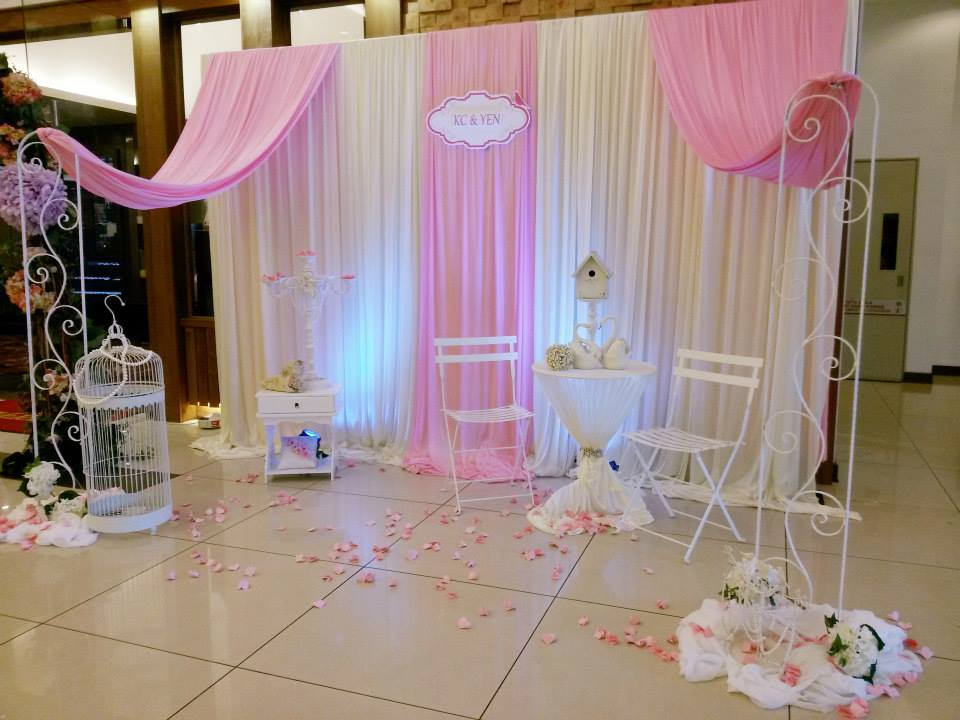 Photobooth decoration for Balloon decoration for wedding malaysia